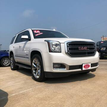 2016 GMC Yukon for sale at UNITED AUTO INC in South Sioux City NE