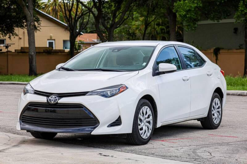 2018 Toyota Corolla for sale in Hollywood, FL