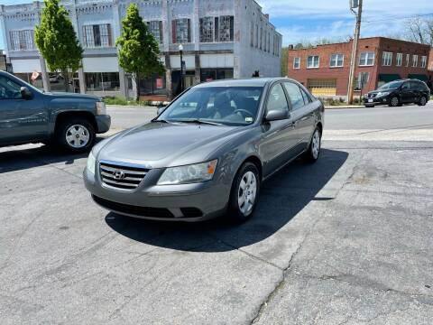 2010 Hyundai Sonata for sale at East Main Rides in Marion VA
