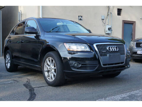 2011 Audi Q5 for sale at Sunrise Used Cars INC in Lindenhurst NY