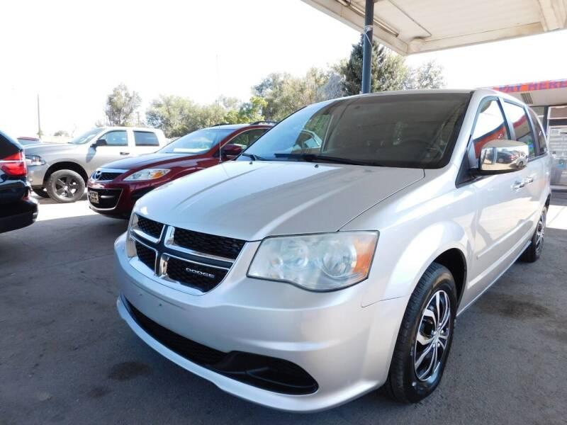 2011 Dodge Grand Caravan for sale at INFINITE AUTO LLC in Lakewood CO