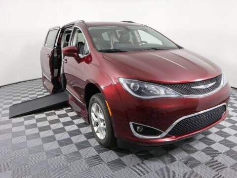 2018 Chrysler Pacifica for sale at AMS Vans in Tucker GA