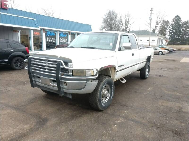 1995 Dodge Ram Pickup 2500 for sale at RIDE NOW AUTO SALES INC in Medina OH