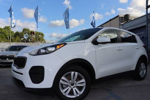 2019 Kia Sportage for sale at OCEAN AUTO SALES in Miami FL