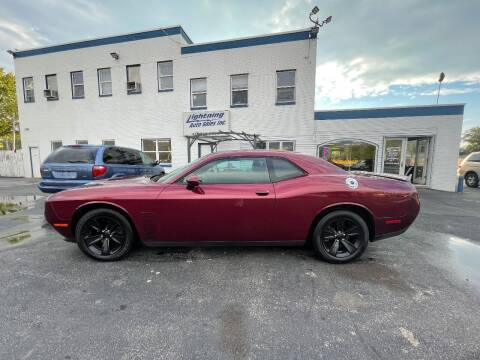 2018 Dodge Challenger for sale at Lightning Auto Sales in Springfield IL