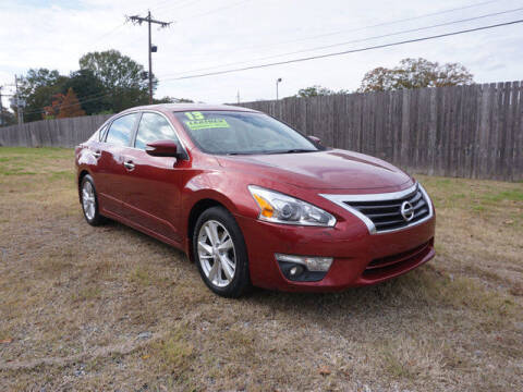 2013 Nissan Altima for sale at BLUE RIBBON MOTORS in Baton Rouge LA