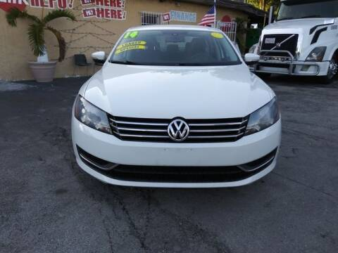 2014 Volkswagen Passat for sale at VALDO AUTO SALES in Miami FL