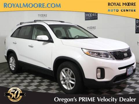 2014 Kia Sorento for sale at Royal Moore Custom Finance in Hillsboro OR