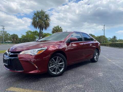 2017 Toyota Camry for sale at Lamberti Auto Collection in Plantation FL