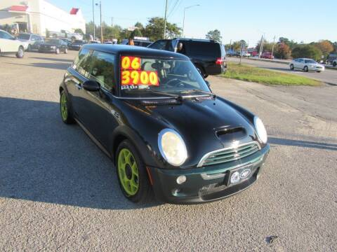 2006 MINI Cooper for sale at Auto Bella Inc. in Clayton NC