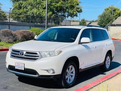 2013 Toyota Highlander for sale at United Star Motors in Sacramento CA