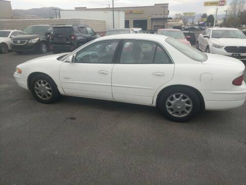 2000 Buick Regal for sale at Creekside Auto Sales in Pocatello ID