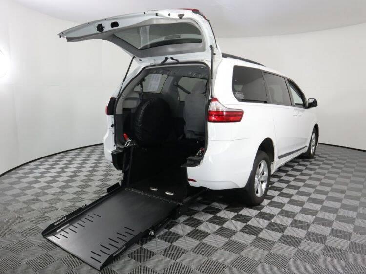 2016 Toyota Sienna for sale at AMS Vans in Tucker GA