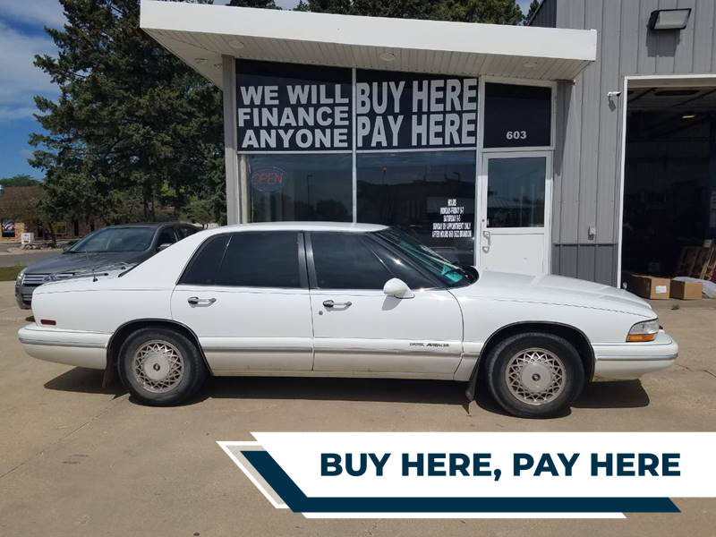 1996 Buick Park Avenue for sale at STERLING MOTORS in Watertown SD