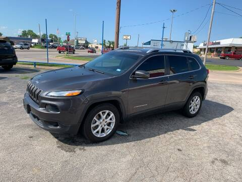2016 Jeep Cherokee for sale at Superior Used Cars LLC in Claremore OK