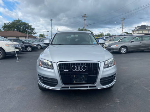 2009 Audi Q5 for sale at Right Choice Automotive in Rochester NY