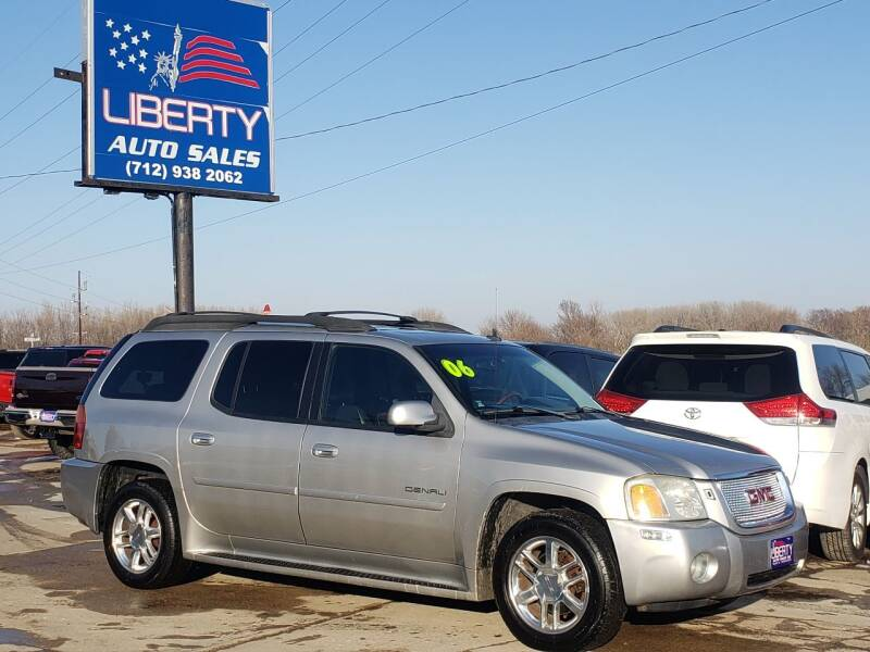 2006 GMC Envoy XL for sale at Liberty Auto Sales in Merrill IA