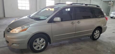 2008 Toyota Sienna for sale at Klika Auto Direct LLC in Olathe KS