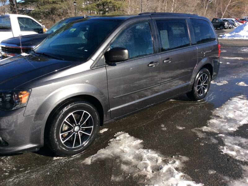 2017 Dodge Grand Caravan for sale at Route 102 Auto Sales  and Service in Lee MA