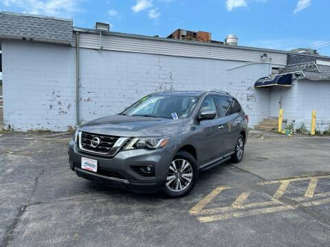 2018 Nissan Pathfinder for sale at Santa Motors Inc in Rochester NY