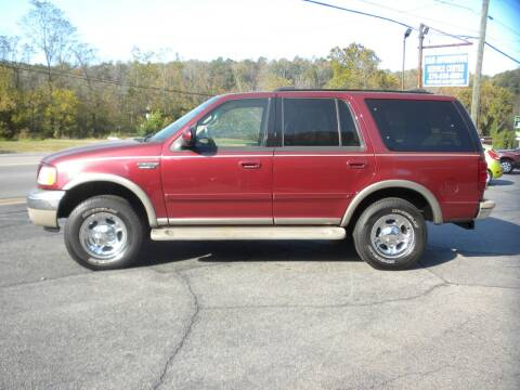 2000 Ford Expedition for sale at D & B Auto Sales & Service in Martinsville VA