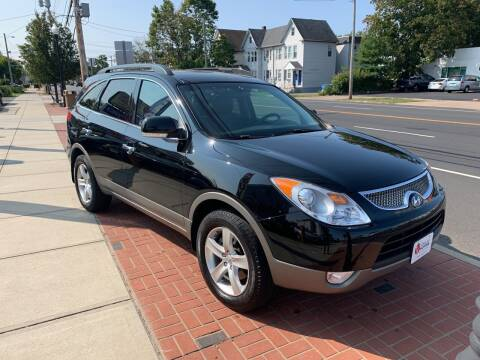 2011 Hyundai Veracruz for sale at Viscuso Motors in Hamden CT