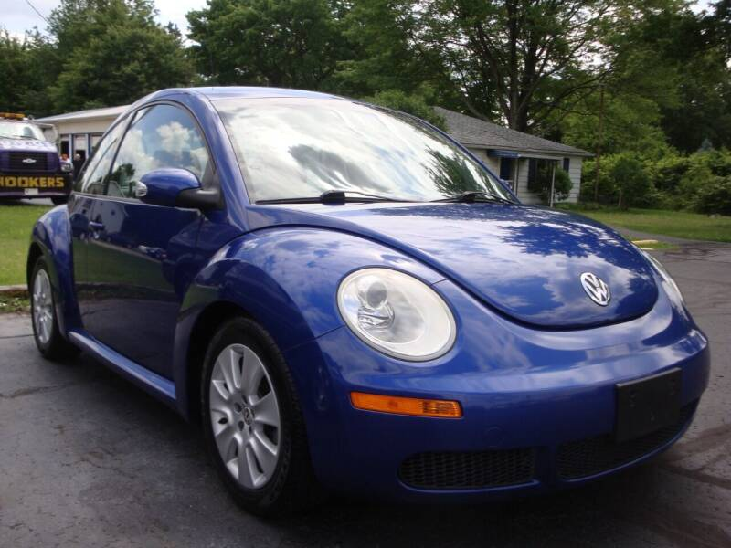 2008 Volkswagen New Beetle for sale at Jay's Auto Sales Inc in Wadsworth OH