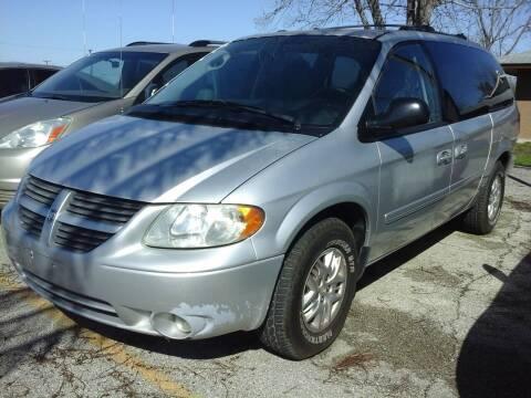 2005 Dodge Grand Caravan for sale at John 3:16 Motors in San Antonio TX