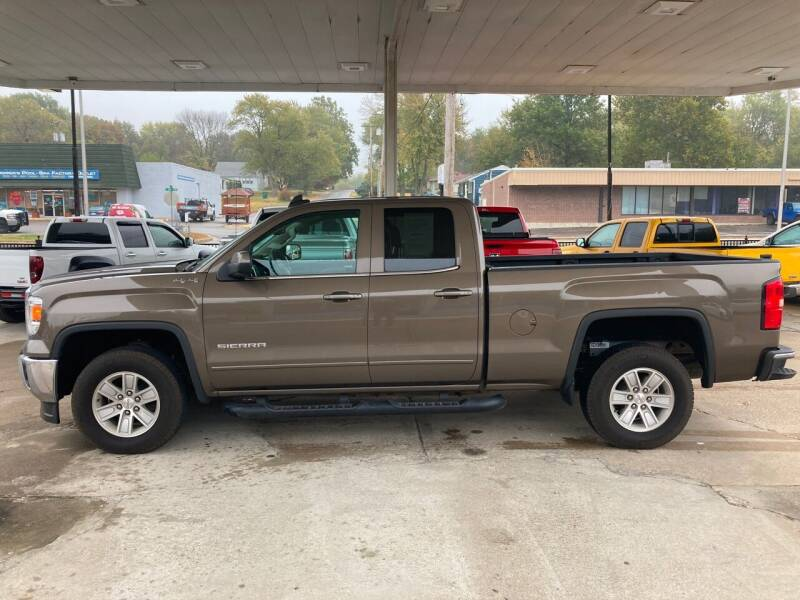 2015 GMC Sierra 1500 for sale at GRC OF KC in Gladstone MO