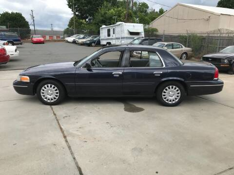 1999 Ford Crown Victoria for sale at Mike's Auto Sales of Charlotte in Charlotte NC