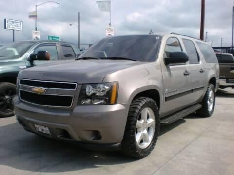 2007 Chevrolet Suburban for sale at Williams Auto Mart Inc in Pacoima CA