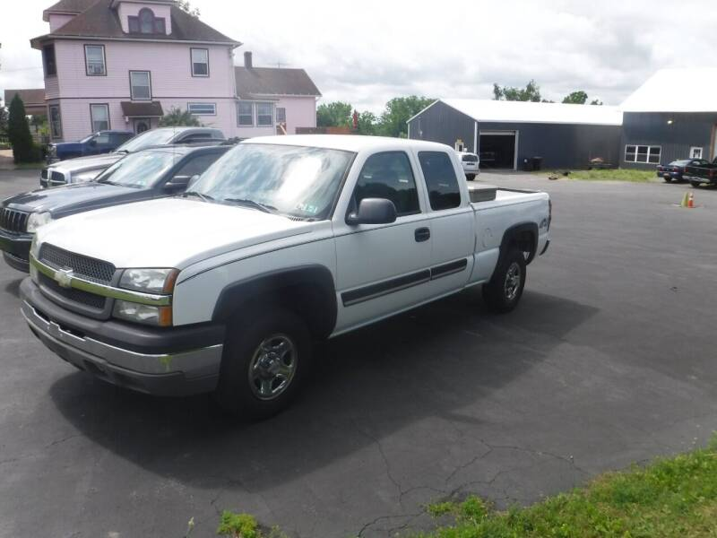 2004 Chevrolet Silverado 1500 for sale at Vicki Brouwer Autos Inc. in North Rose NY