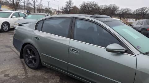 2002 Nissan Altima for sale at Dave-O Motor Co. in Haltom City TX