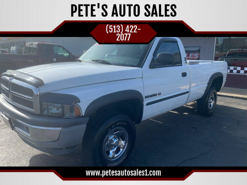 2000 Dodge Ram Pickup 1500 for sale at PETE'S AUTO SALES - Middletown in Middletown OH
