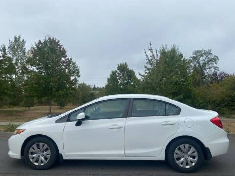 2012 Honda Civic for sale at CLEAR CHOICE AUTOMOTIVE in Milwaukie OR