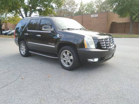 2010 Cadillac Escalade for sale at United Luxury Motors in Stone Mountain GA