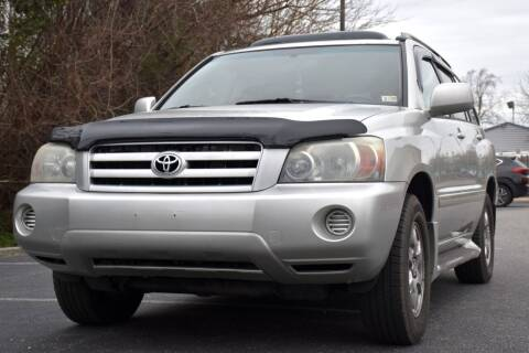 2004 Toyota Highlander for sale at Wheel Deal Auto Sales LLC in Norfolk VA