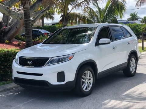 2014 Kia Sorento for sale at L G AUTO SALES in Boynton Beach FL