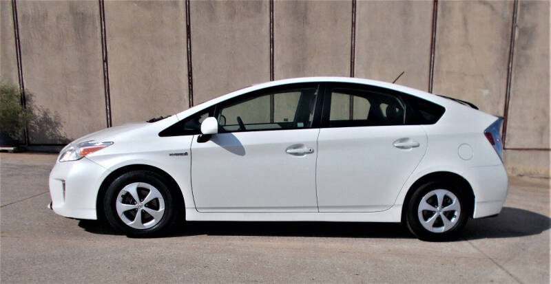2014 Toyota Prius for sale at M G Motor Sports in Tulsa OK