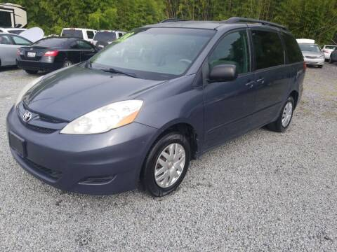 2008 Toyota Sienna for sale at TR MOTORS in Gastonia NC