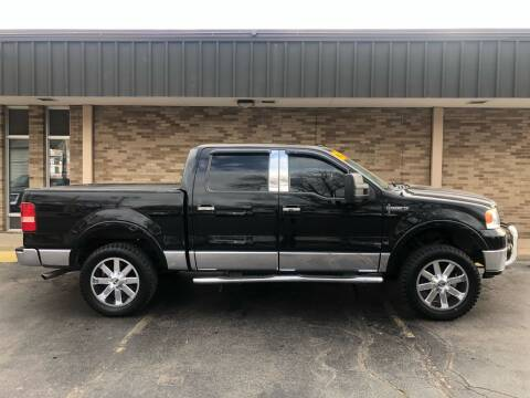 2006 Lincoln Mark LT for sale at Arandas Auto Sales in Milwaukee WI