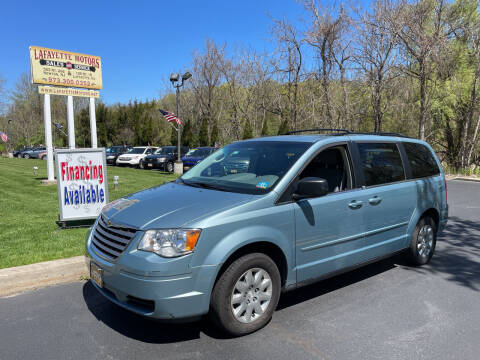 2009 Chrysler Town and Country for sale at Lafayette Motors 2 in Andover NJ