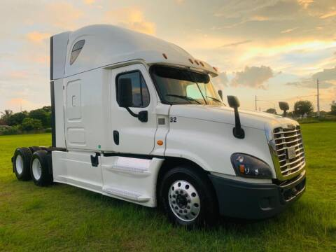 2014 Freightliner Cascadia for sale at LA Motors Miami in Miami FL