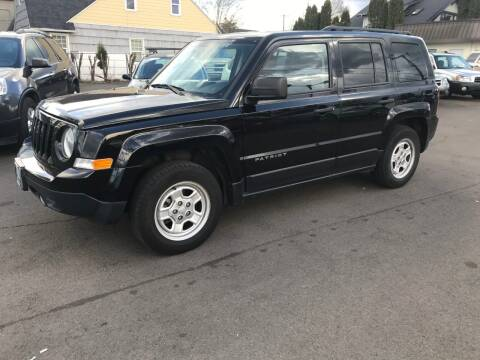 2016 Jeep Patriot for sale at Chuck Wise Motors in Portland OR