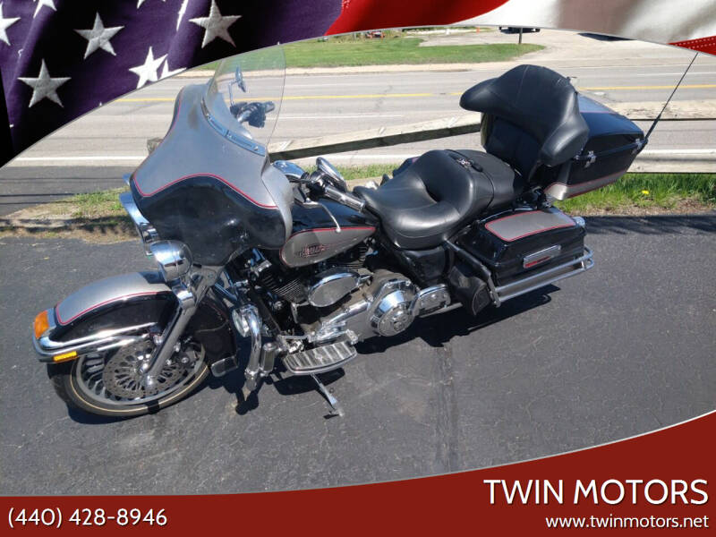 2009 Harley-Davidson ELECTRA GLIDE CLASSIC FLHTC for sale at TWIN MOTORS in Madison OH