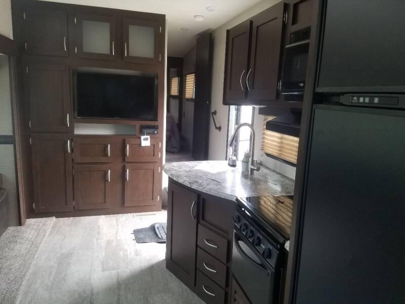 2018 SPORTSMEN 281B BUNK HOUSE MODEL - Lolo MT
