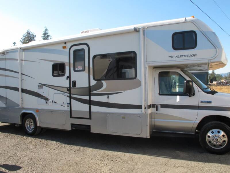2010 JAMBOREE 27 DOUBLE SLIDE for sale at Oregon RV Outlet LLC - Class C Motorhomes in Grants Pass OR