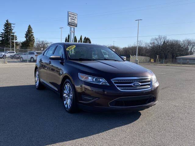 2011 Ford Taurus for sale at Betten Baker Preowned Center in Twin Lake MI