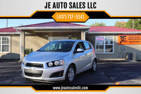 2012 Chevrolet Sonic for sale at JE AUTO SALES LLC in Webb City MO