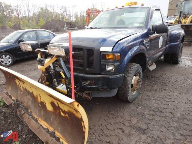 2008 Ford F-350 Super Duty for sale at GLOVECARS.COM LLC in Johnstown NY